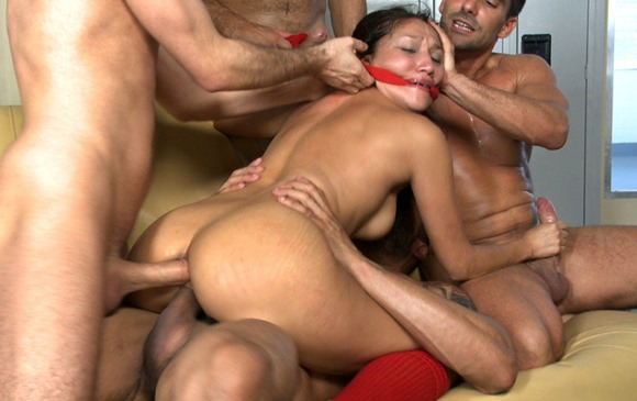 vicki-chase-in-locker-room-bound-gangbangs-2